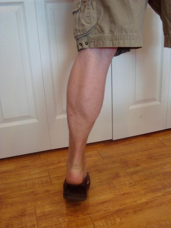 How awesome are those calves! JEEZE!