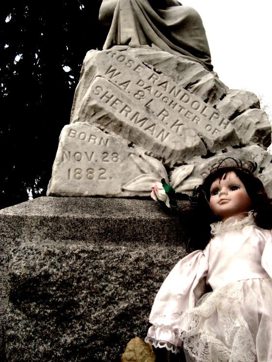 grave 10